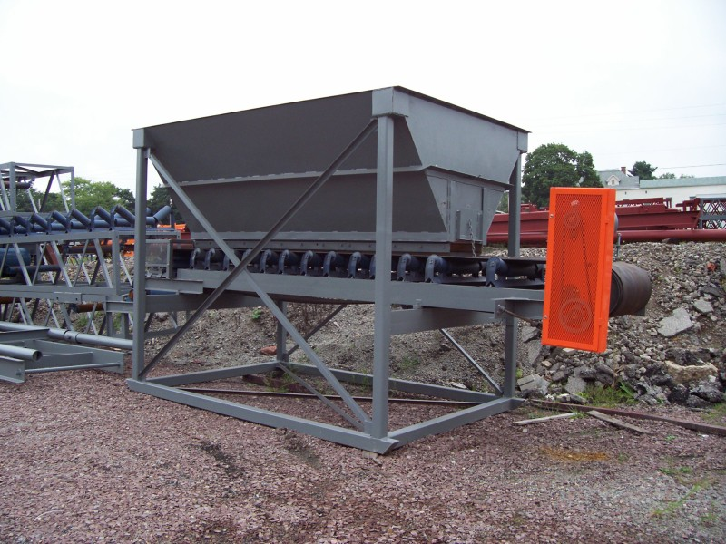 8 x 12 Feed Hopper 1
