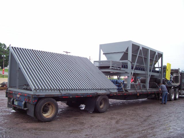 8 x 16 Feed hopper with Grizzly Frame 1